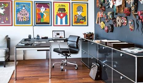 Scrivania Ufficio Ovvio : Postazioni condivise in un ufficio moderno usm