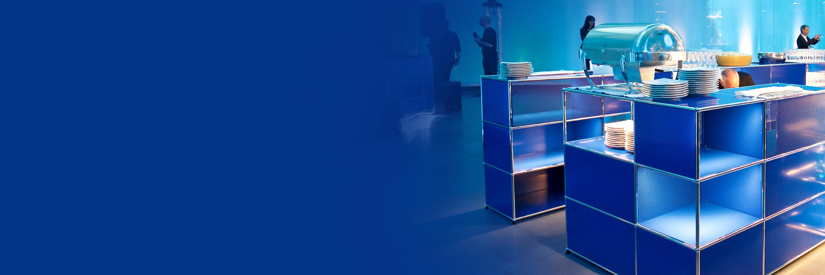 blue USM Haller E storage for a modern party with built-in lighting