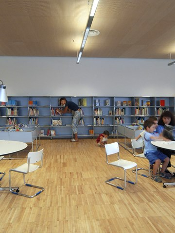 Tiraboschi library with USM Haller tables and storage