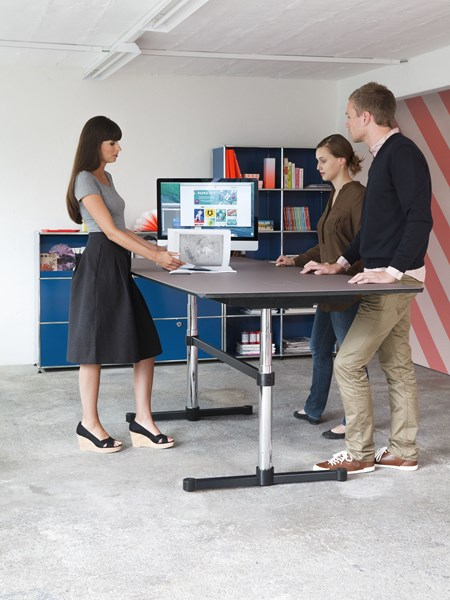 USM Kitos meeting table height adjustable in open plan office
