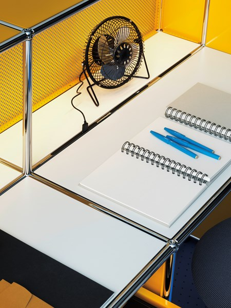 USM Haller yellow and white writing desk with intergrated USB and lighting, Haller E